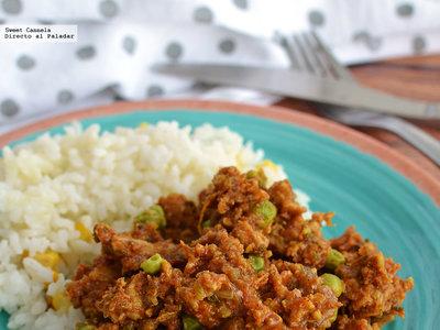 Pollo estilo indio con chícharos. Receta en olla de cocción lenta