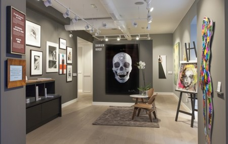 Interior De La Galeria Lumas Madrid