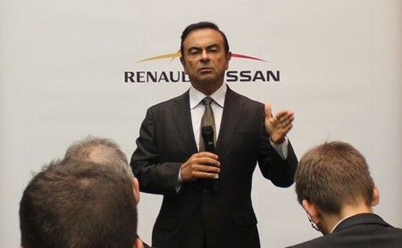Carlos Goshn, en Frankfurt: '1,5 millones de vehículos eléctricos Renault-Nissan en 2020'