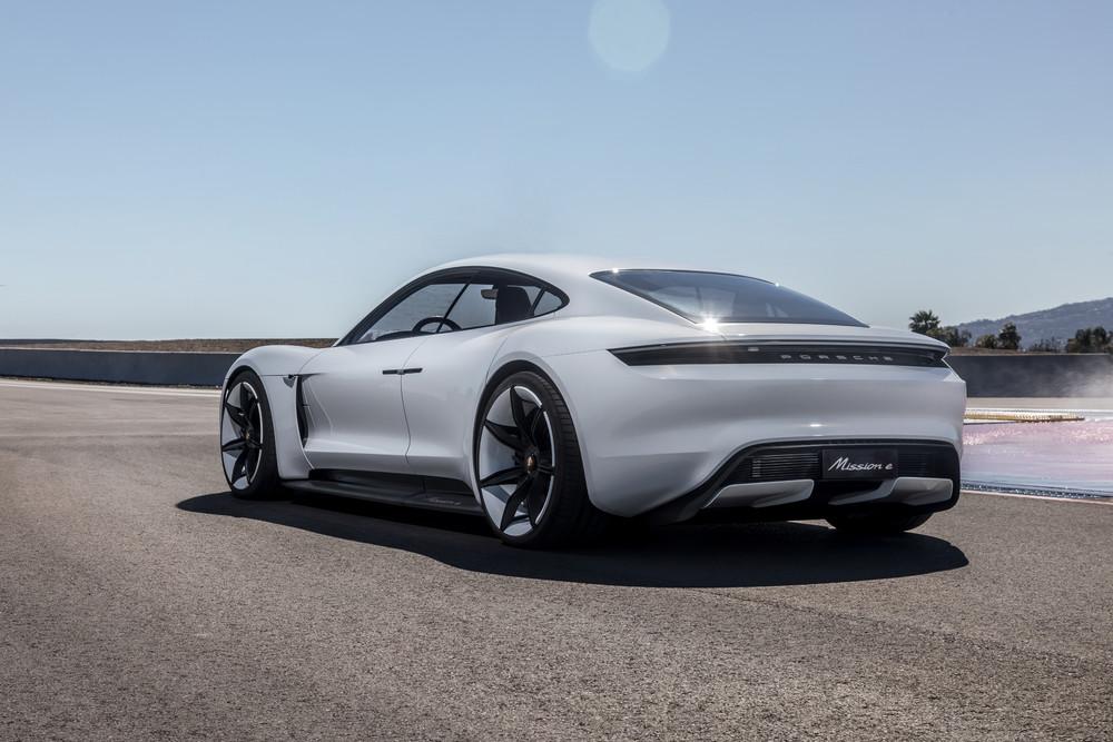 Foto de Porsche Taycan (2/6)