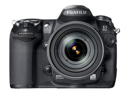 Fujifilm FinePix S5 Pro, réflex digital
