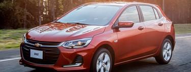 El Chevrolet Onix Hatchback se lo quiere poner difícil al KIA Rio en Latinoamérica