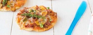 Mini pizzas de jamón y trigueros, receta de picoteo para comer con los dedos