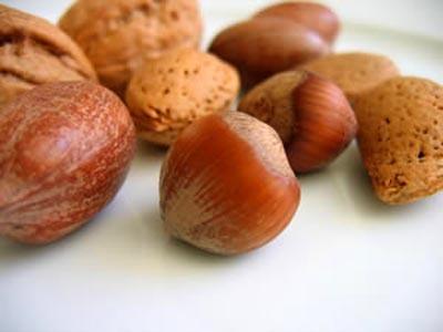 Frutos secos, un aperitivo o una comida