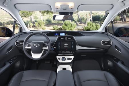 Toyota Prius 2016 500
