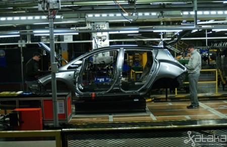 Fabricacion Nissan Leaf 650 08