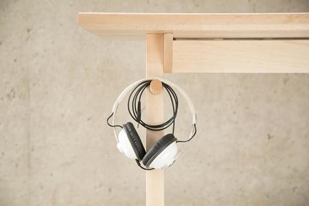 desk01-3.jpg