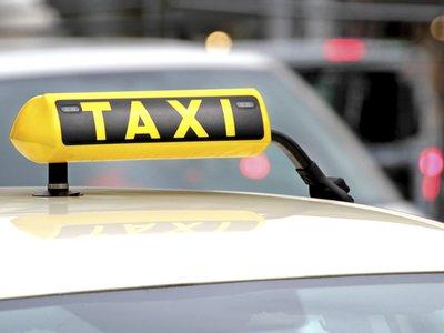 Los taxistas se apuntan al carpooling para luchar contra Uber, aunque de momento solo en Madrid