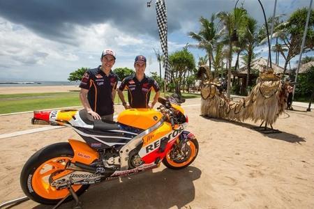 Presentación del equipo Repsol Honda en Bali
