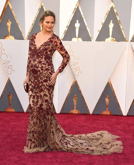 chrissy teigen vestido favorito look estilismo outfit