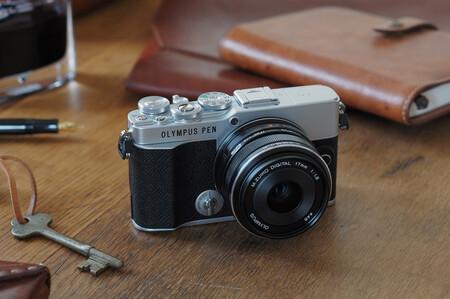 Olympus PEN E-P7 y M.Zuiko 8-25mm f4.0 PRO, nueva compacta clásica de diseño retro y óptica superangular para profesionales