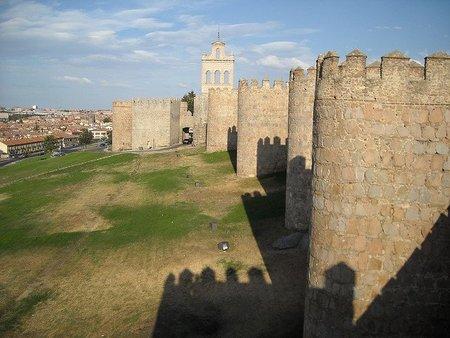 Ávila: guía turística para el móvil