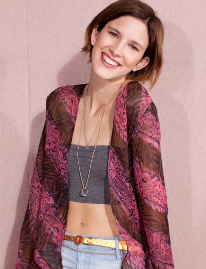 Cinco ideas fáciles para combinar la chaqueta kimono