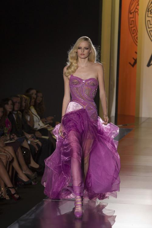 Foto de Atelier Versace Otoño-Invierno 2012/2013 (5/27)