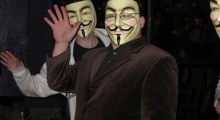 Anonymous robó la lista privada de clientes de Stratfor