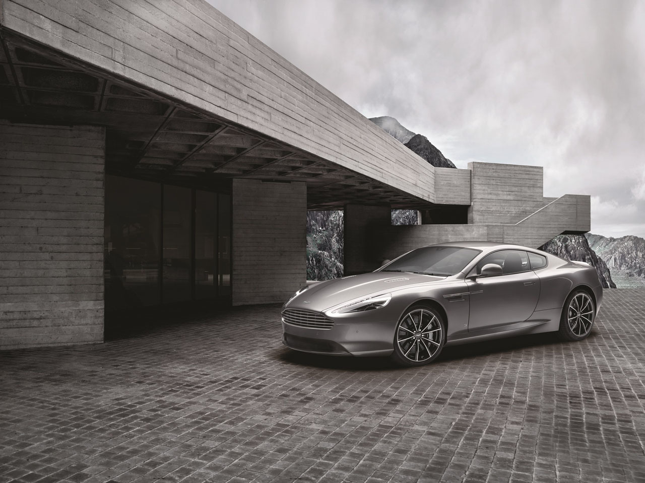 Foto de Aston Martin DB9 GT Bond Edition (1/10)