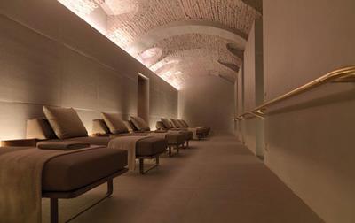 El Spa Four Seasons de Milán, un compendio de sobriedad y elegancia, diseñado por Patricia Urquiola