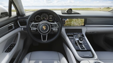 Porsche Panamera Turbo S E Hybrid Sport Turismo 8