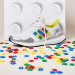 ¿Tu hijo es fan de Lego? Entonces se va a volver loco con la nueva colección de Adidas