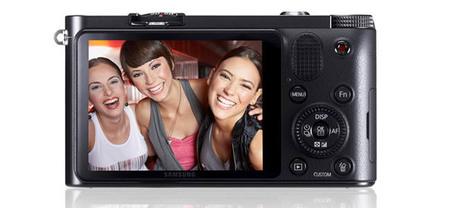 Samsung NX1100 - Vista trasera