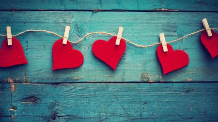 Tirar de clásicos es una apuesta segura: 12 perfumes, chocolates y bombones para San Valentín