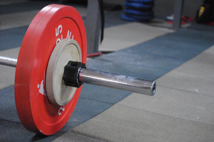 Un entrenamiento HIIT para usuarios avanzados del gimnasio: perfecto para la época de definición