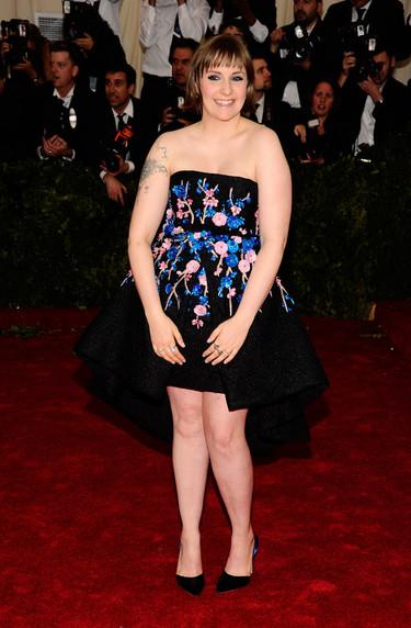 Lena Dunham, de Giambattista Valli HC en la Gala del Met 2014