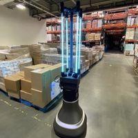 Un robot autónomo con tubos de luz ultravioleta: la idea del MIT para desinfectar estancias de coronavirus y otros patógenos