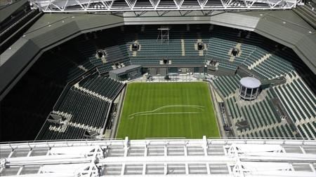 ¡Match point! La primera vez que verás la silueta del Jaguar XF Sportbrake será sobre la pista de Wimbledon