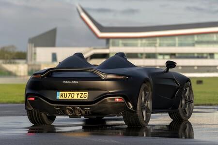 Aston Martin V12 Speedster 2021 001