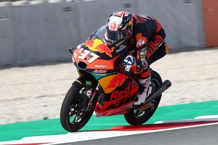 Valentino Rossi quiere fichar a Pedro Acosta para su equipo de Moto2 rompiendo la filosofía de la VR46