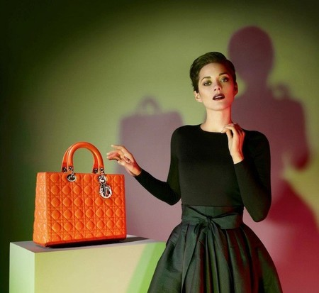Marion Cotillard no se gusta, se encanta vestida de Dior