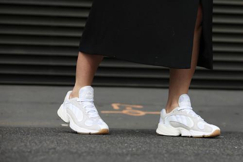 5 zapatillas Adidas para todos los estilos por menos de 50 euros