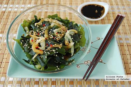Receta de ensalada de alga wakame con sésamo, ligera y muy fácil