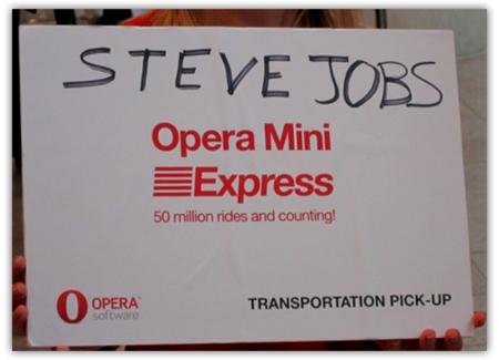 Imagen de la semana, Opera se quedó esperando a Steve Jobs
