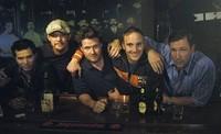 """'Los amigos del novio': otra película de """"madurez"""", no, por favor"""