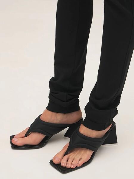 Clonados y pillados: las famosas sandalias de Attico se han colado en la nueva colección de Bershka