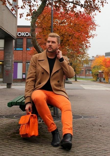Alerta Naranja El Mejor Street Style De La Semana Se Pinta Del Mas Optimista Color De Otono 11
