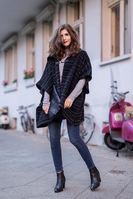 ¿Demasiado frío para una chaqueta y demasiado calor para un abrigo? La solución es el poncho