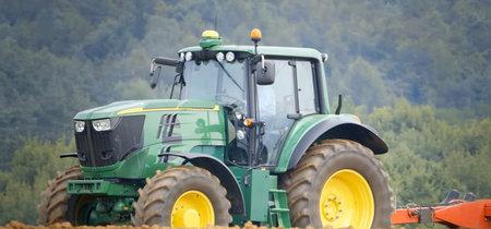 John Deere presentará en febrero su primer tractor eléctrico