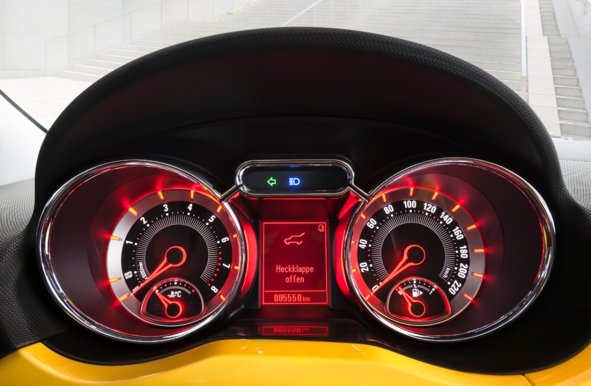 Foto de Opel Adam (46/50)