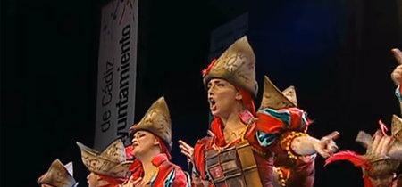 La emotiva actuación que una comparsa del Carnaval de Cádiz ha dedicado a la víctima de La Manada