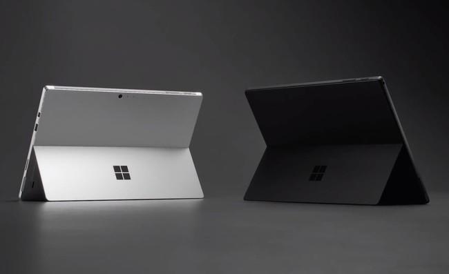 Microsoft anuncia la Surface Pro 6, una tableta convertible que también apuesta por el diseño en negro mate