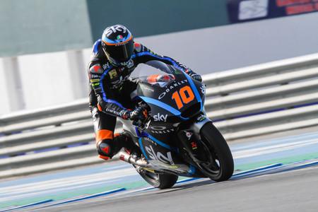Luca Marini y Tony Arbolino marcan el paso en el primer día de test de Moto2 y Moto3 en Jerez