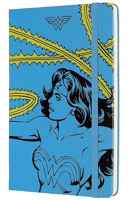 Moleskine Cuaderno Wonder Woman Edicion Limitada Tapa Dura Goma Elastica Y Paginas Con Rayas Color Azul Tamano Grande 13 X 21 Cm 240 Paginas
