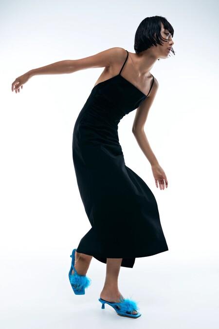 Bottega Veneta Fur Sandals Zara 01