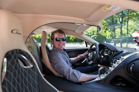 Shmee150 conduciendo Bugatti Chiron