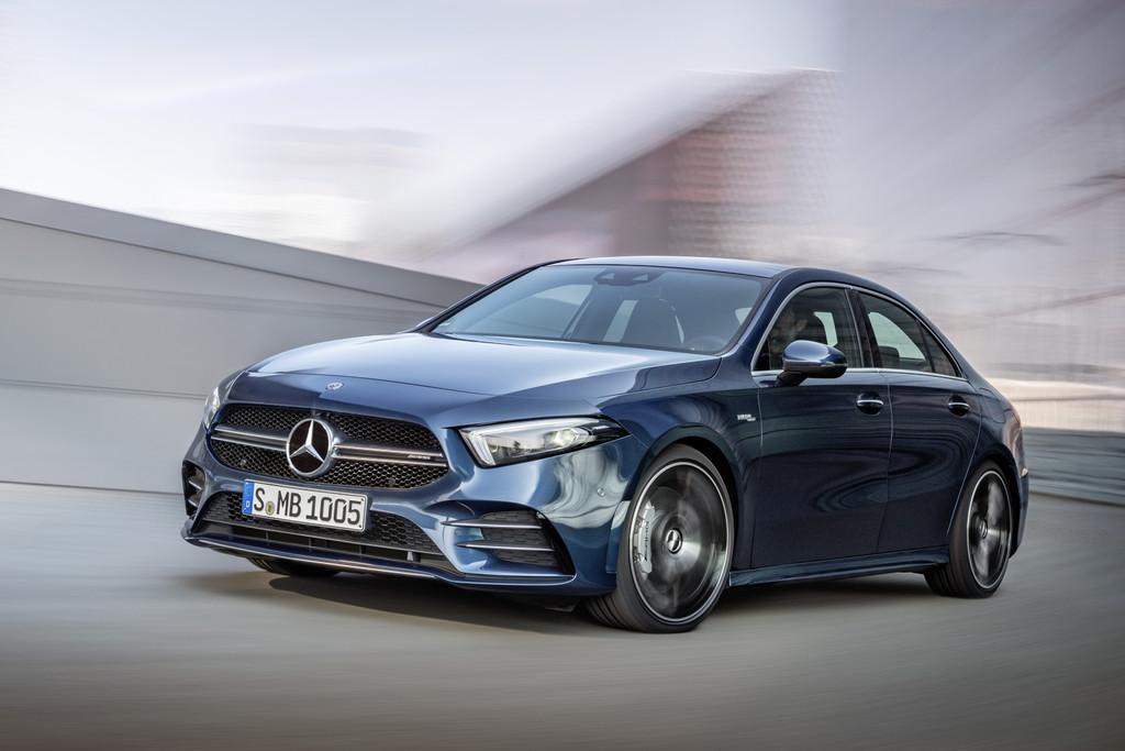 Los Mercedes-AMG A 35 Sedán y CLA 35 ya tienen precio en España, y distan en sólo 300 euros