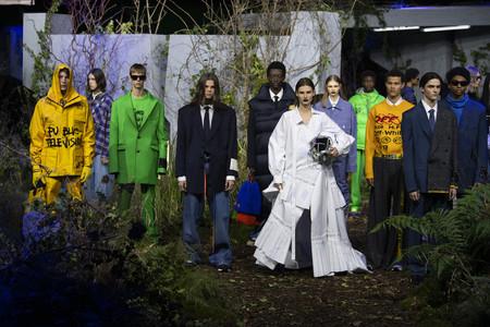 """Off-White demuestra con su colección Otoño-Invierno 2019/2020 que el término """"lujo"""" ha cambiado"""