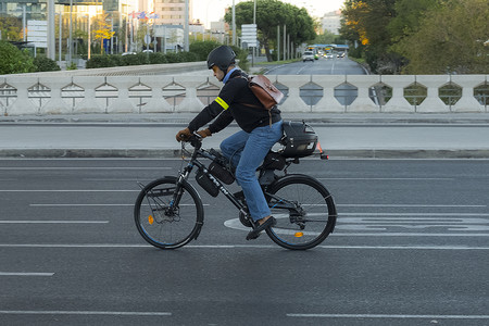 T Bike 02
